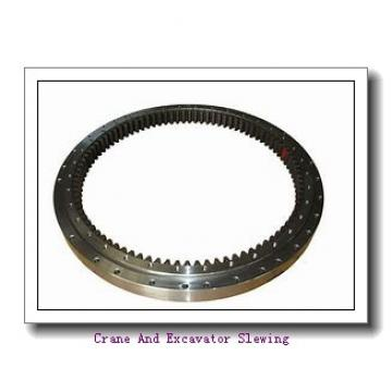 Slewing drive for solar tracker